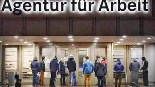 El desempleo alemán registra la 1ª caída desde abril
