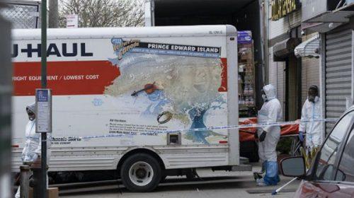 Espanto en Nueva York: hallan 100 muertos por coronavirus en camiones de mudanza