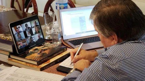 El oficialismo del Senado tuvo su primera reunión virtual de bloque antes de recibir a Moroni