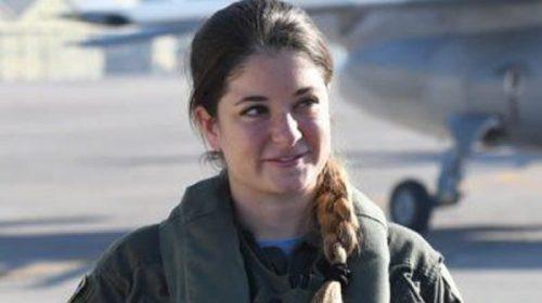Una cordobesa, cerca de hacer historia como la primera piloto de avión de guerra